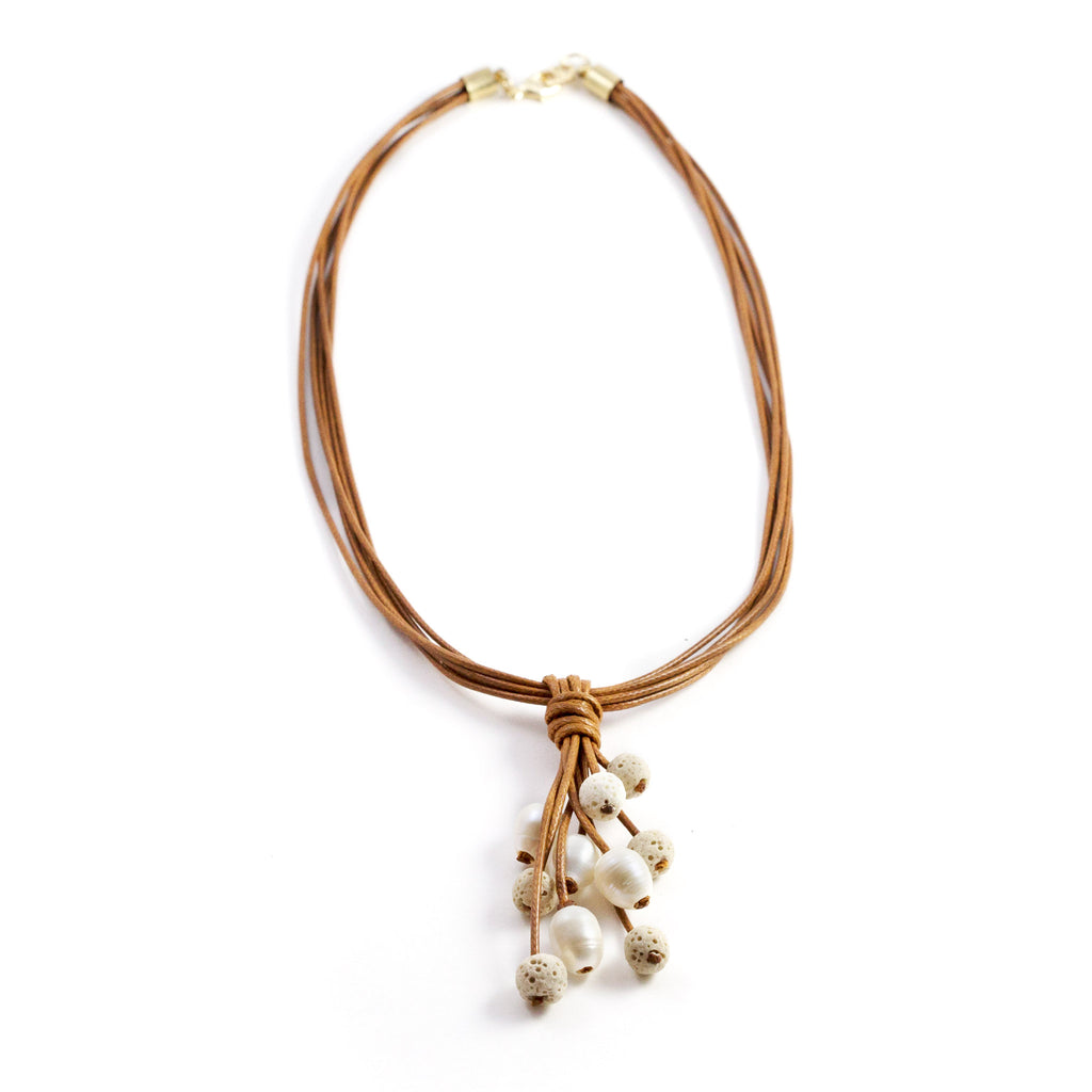 Meli White Difusser Short Necklace Brown