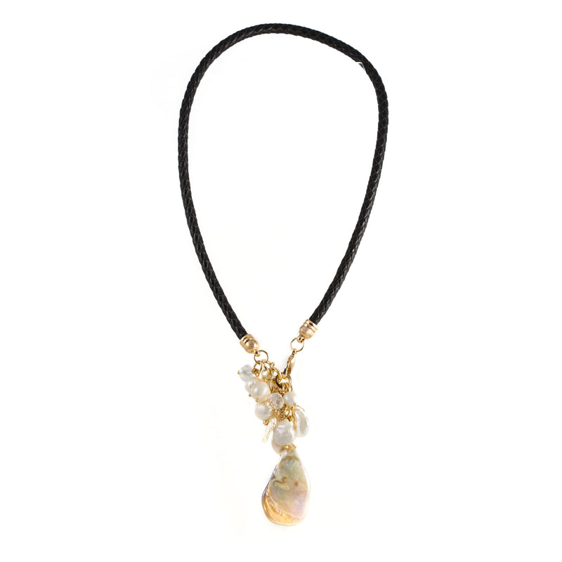 Windsor Freshwater and Mother of Pearl Necklace Black