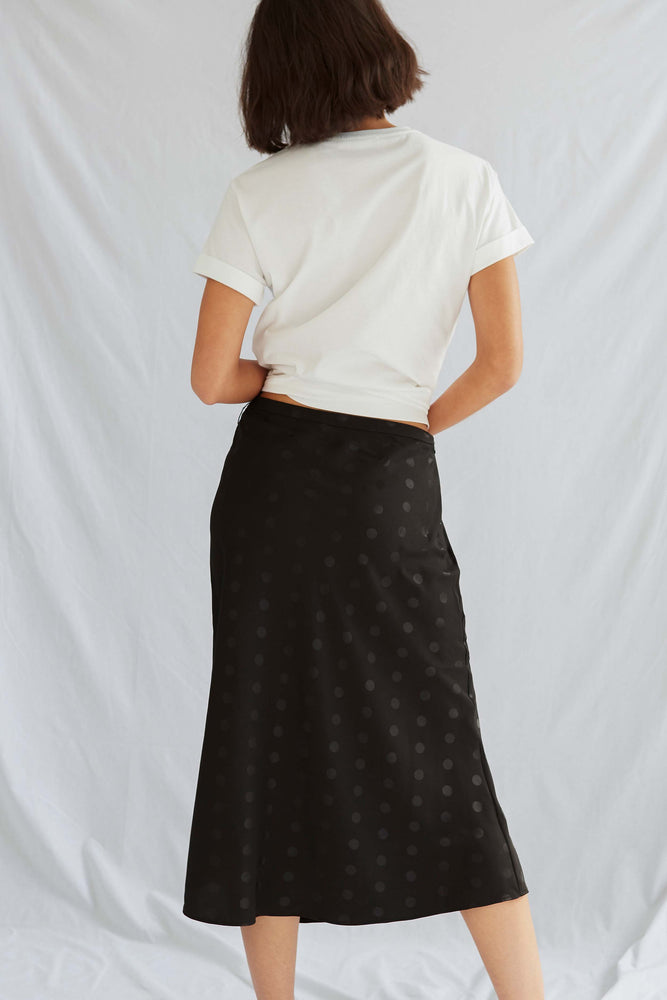 GARDEN SKIRT . Black - size 6, 8