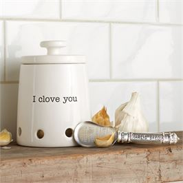 "Mud Pie Ceramic Garlic Keeper Set ""I Clove You"""