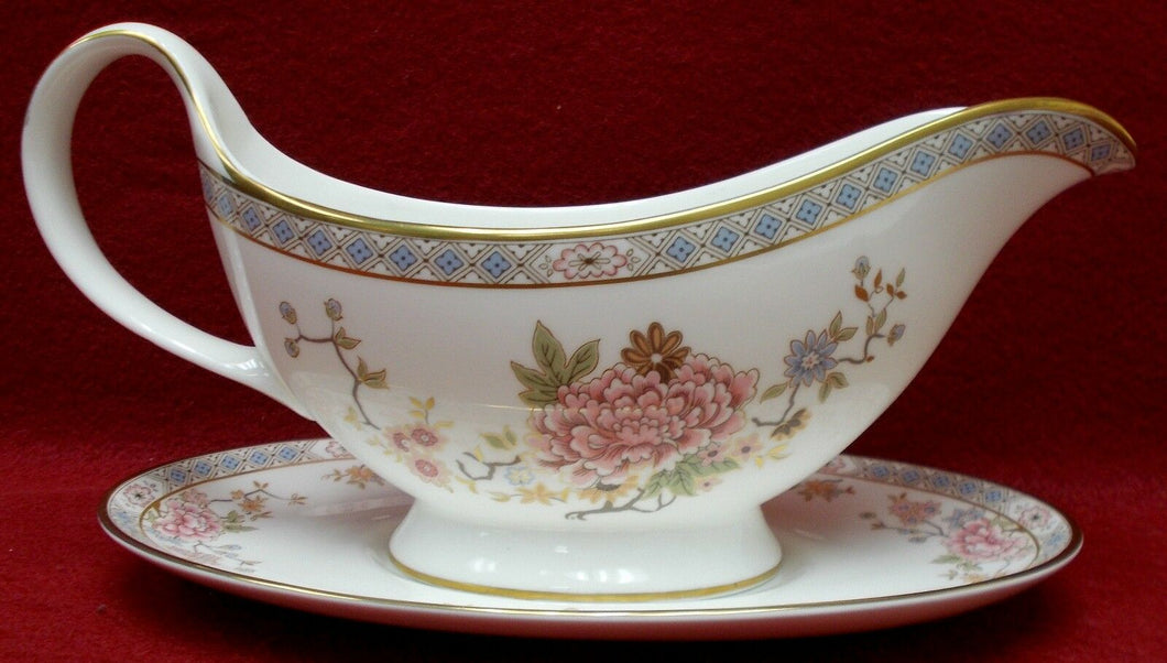 ROYAL DOULTON china CANTON H5052 pattern Gravy Boat & Underplate (2 pieces)