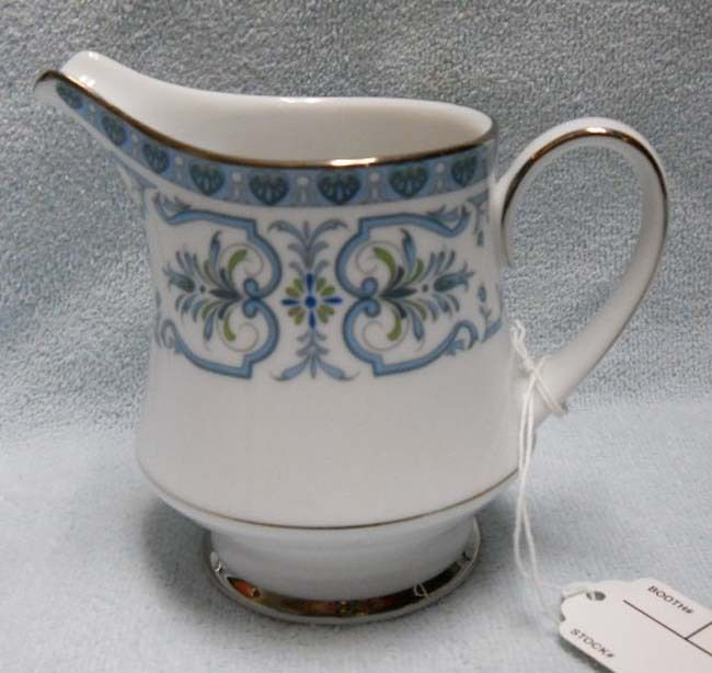 NORITAKE china BURLINGTON 2081 pattern Creamer, Cream Pitcher or Jug - 4