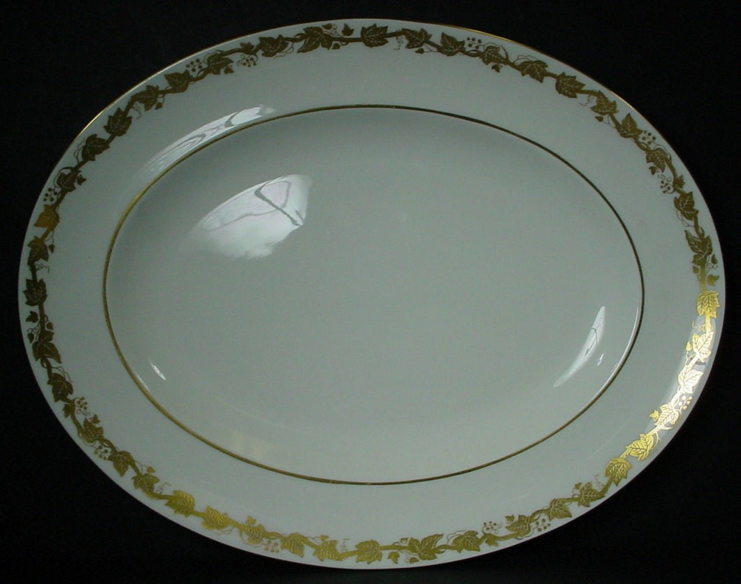 WEDGWOOD china WHITEHALL white W4001 pattern OVAL MEAT Serving PLATTER 13-3/4