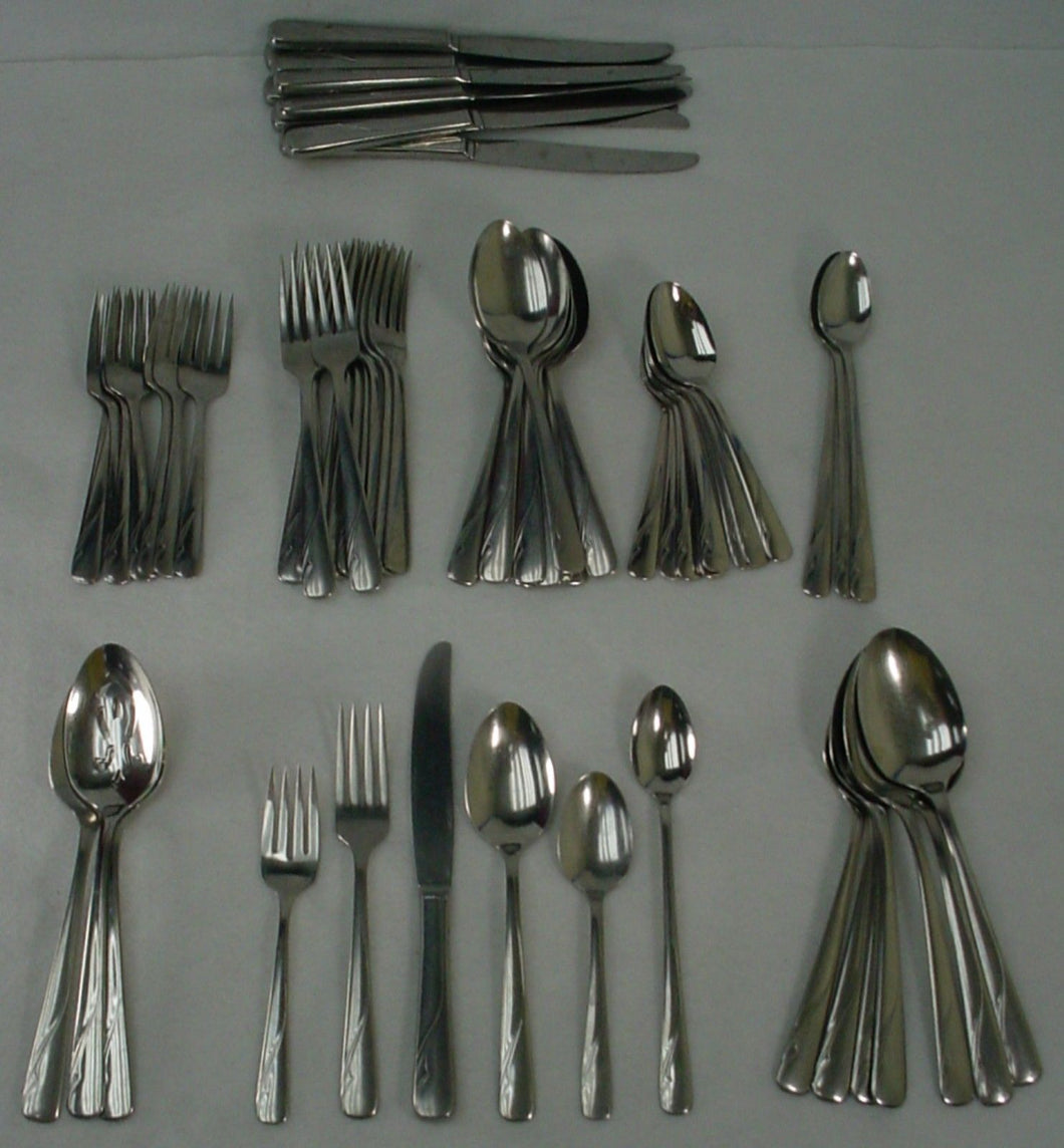 ONEIDA silver OCEANIC stainless 69-piece SET SERVICE for NINE + Serving