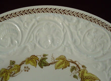 WEDGWOOD china GOLDEN IVY (Laurel) TK31 pattern OVAL MEAT Serving PLATTER 16""