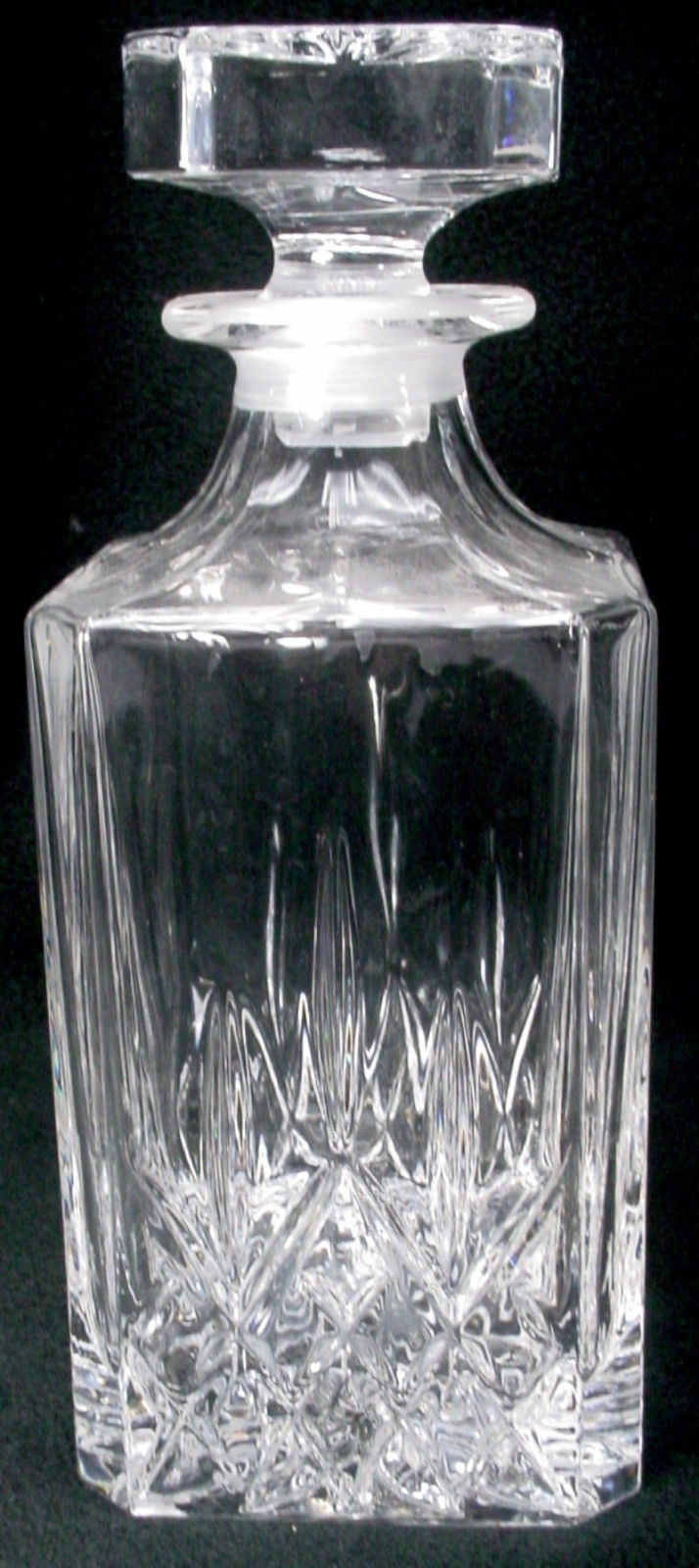 CRISTAL d'ARQUES Durand crystal ST. CLOUD pattern DECANTER with STOPPER 9-7/8