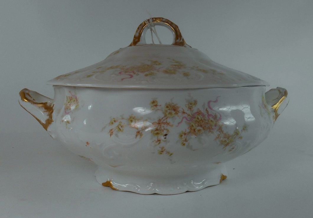 HAVILAND France Schleiger 342Q pattern SOUP TUREEN & Lid - Pink Ribbons