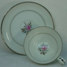 NORITAKE china ROANNE 5794 pattern 79-piece SET Service for 12