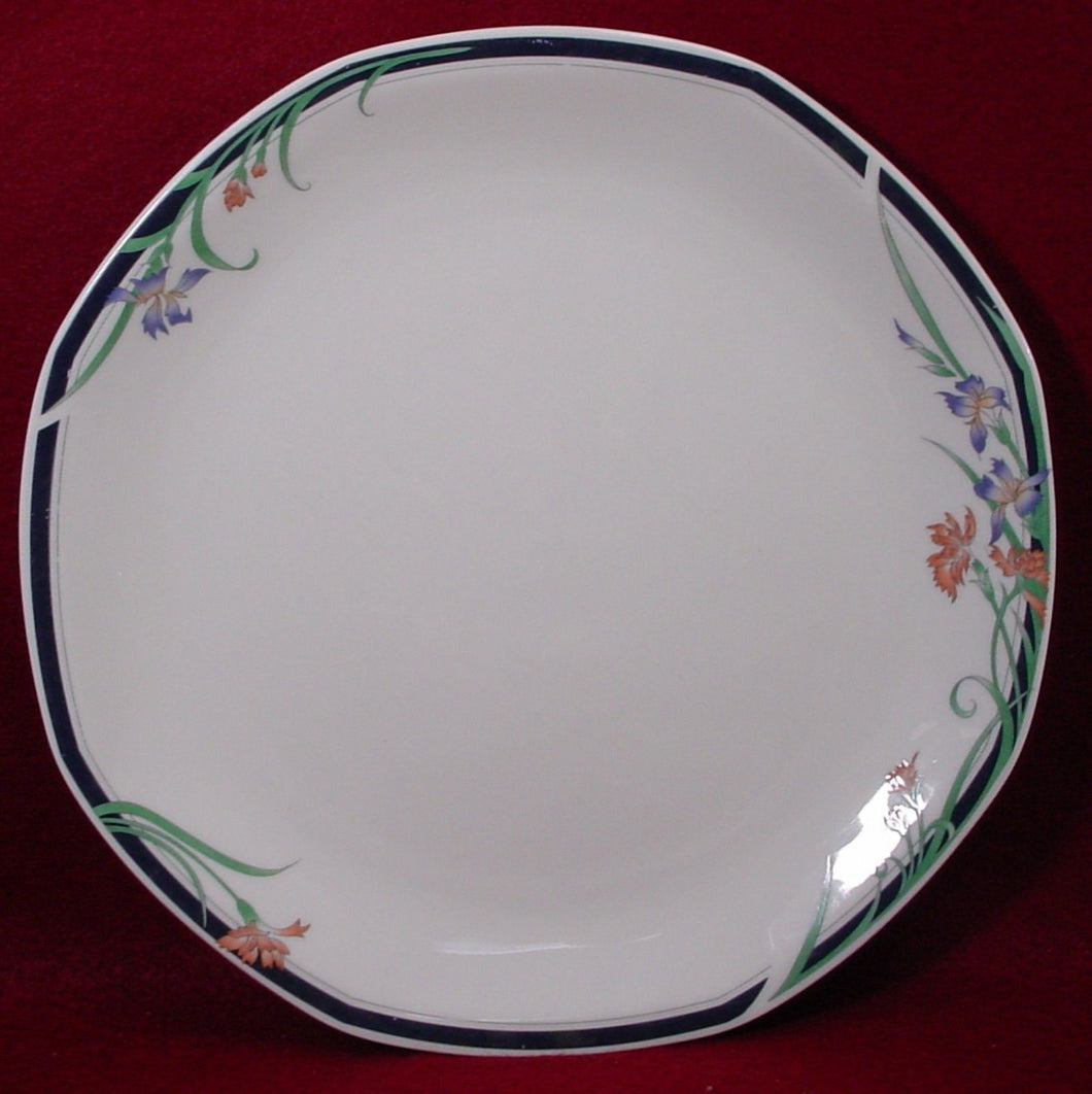 ROYAL DOULTON china JUNO pattern DINNER PLATE 10-3/8