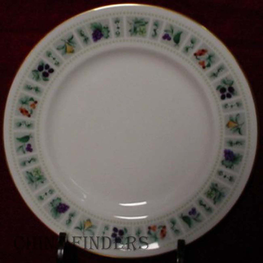 ROYAL DOULTON china TAPESTRY TC1024 DINNER PLATE