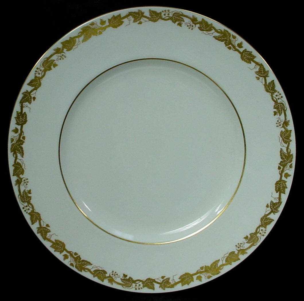 WEDGWOOD china WHITEHALL WHITE W4001 pattern DINNER PLATE 10-3/4