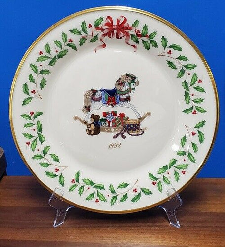 Lenox 1992 The Annual Holiday Collector's Plate