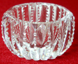 FOSTORIA glassware 28-CLEAR pattern Zipper Cut Salt Dip/Cellar