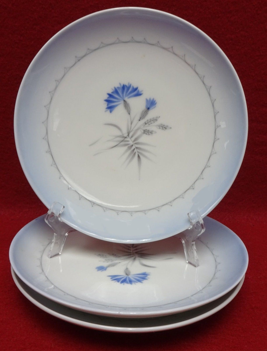 BING & GRONDAHL china CORNFLOWER BLUE pattern Set of 3 Bread 28A Plates - 6-1/4
