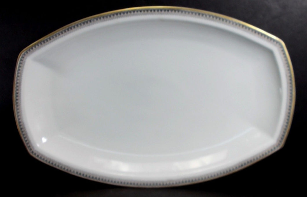 HEINRICH/H & C china HC17 Greek Key/Manchester Oval Serving Platter @ 14-1/4