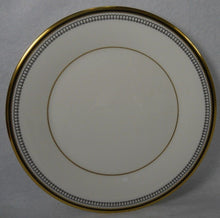 ROYAL DOULTON china PAVANNE H5095 pttrn BREAD PLATE