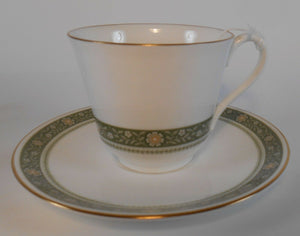 ROYAL DOULTON china RONDELAY H5004 pattern 52-piecc SET SERVICE for 9