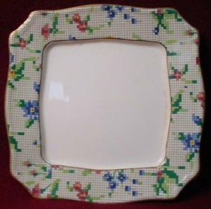 ROYAL WINTON china QUEEN ANNE 2995 pattern SQUARE BUTTER BASE no Lid