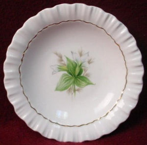 ROYAL ADDERLEY china CANADIAN PROVINCIAL FLOWERS Trillium COASTER