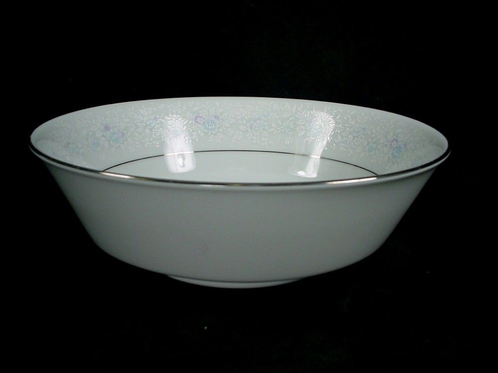 NORITAKE china WASHINGTON SQUARE 3685 pattern ROUND VEGETABLE Serving BOWL 9