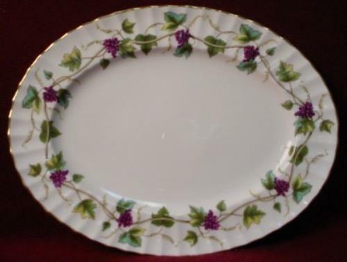 ROYAL WORCESTER china BACCHANAL WHITE Z2822 pattern OVAL MEAT Serving PLATTER 13