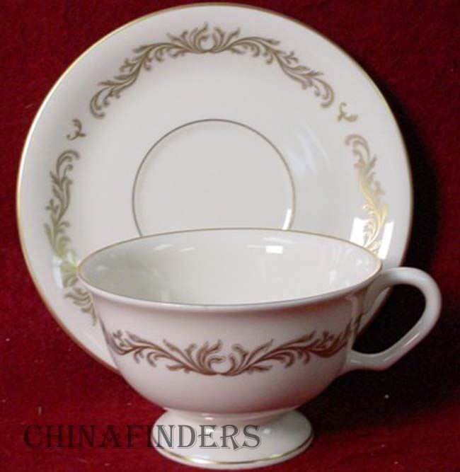 PICKARD china VICTORIA 1090 pttrn Cup & Saucer Set