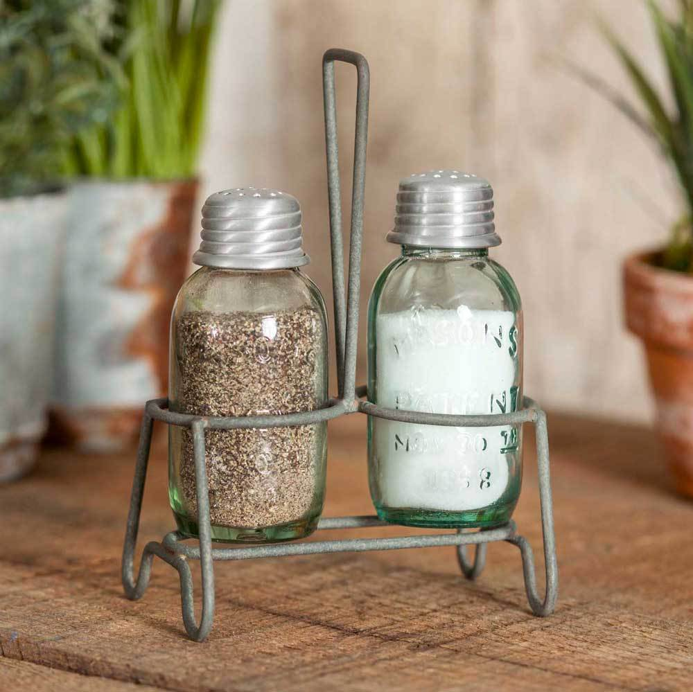 Henderson Salt & Pepper Shaker Set
