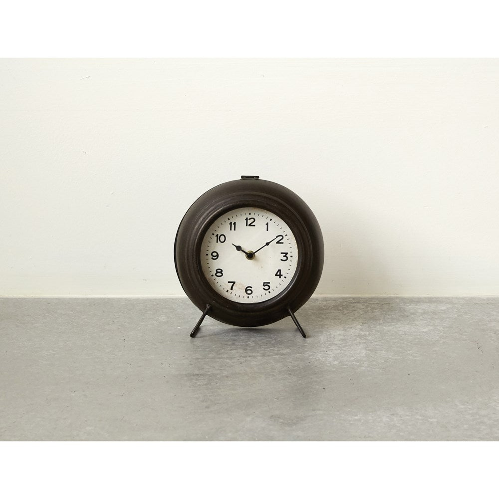 Black Metal Mantle Clock