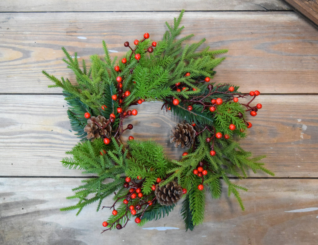 Princess Pine & Berry Candle Ring/Wreath, 10""