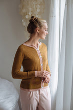 Load image into Gallery viewer, Winnie's Cardigan | printed pattern