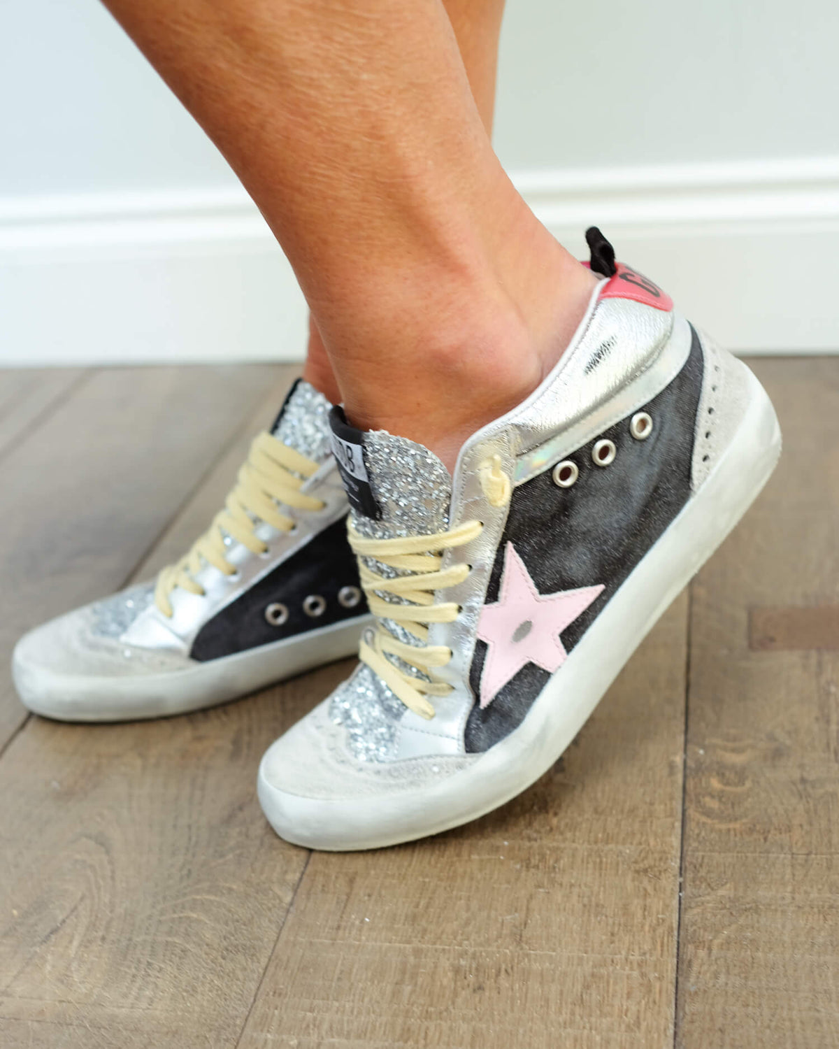 GG Mid star glitter 203 in black, silver, ice with pink star