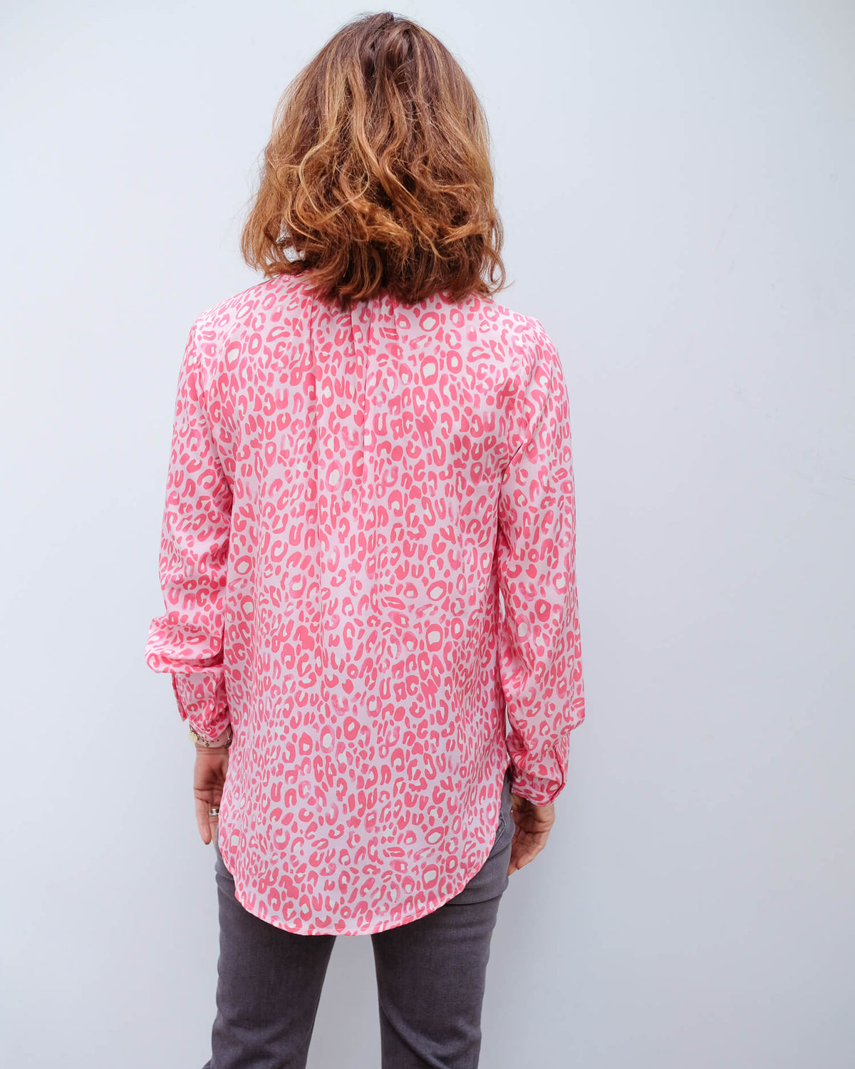 PP Sandy open silk shirt in leopard 02