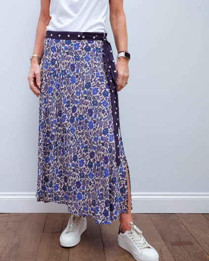 V Olive skirt in bluebell