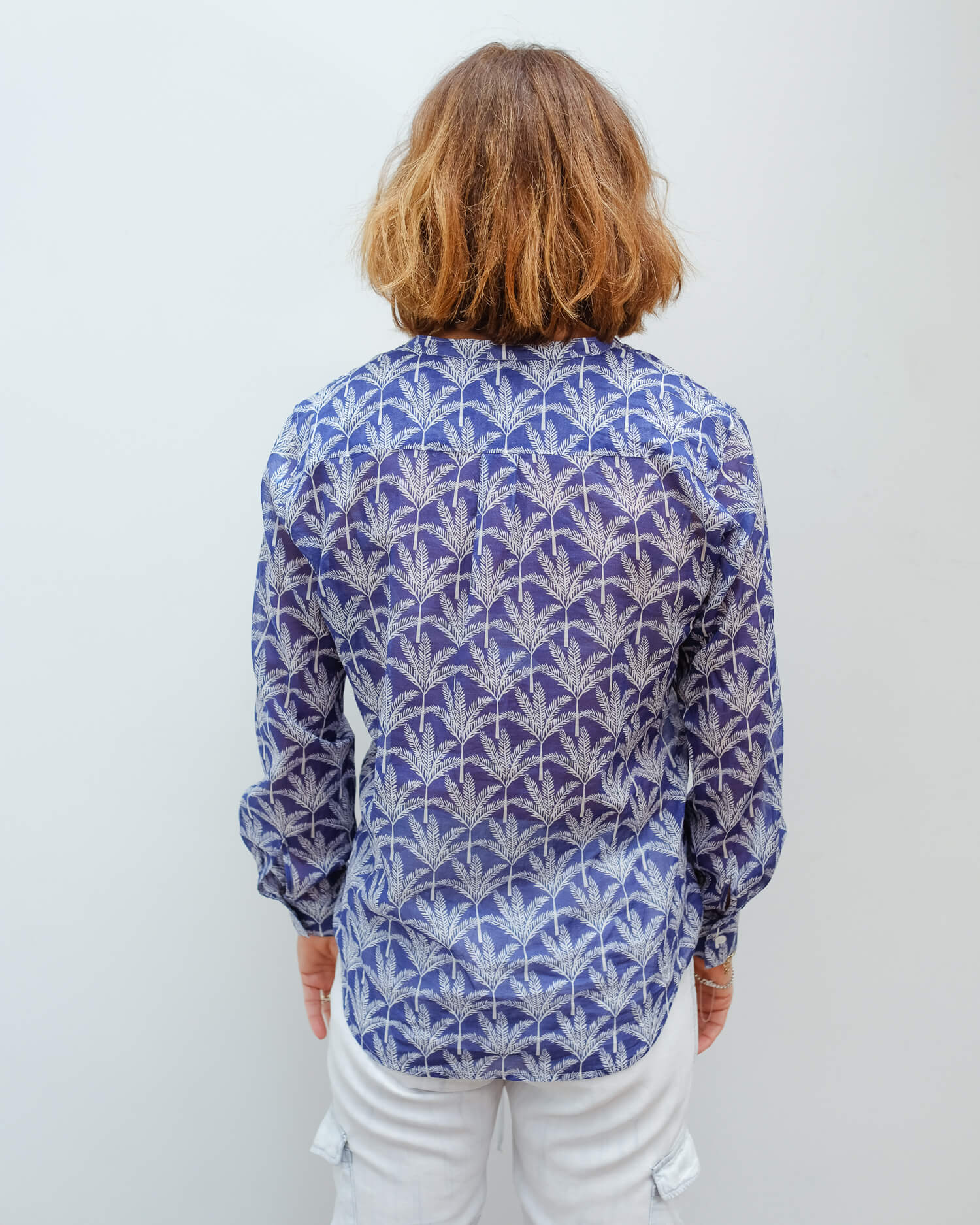 H Carta shirt in blue traveller tree