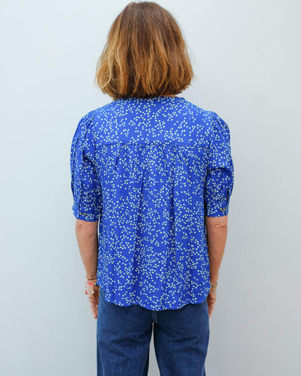L&H Corgi top in daisy blue