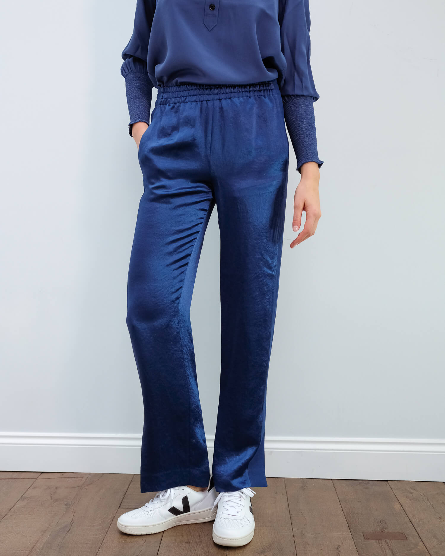 R&B Gregory track pant in royal blue