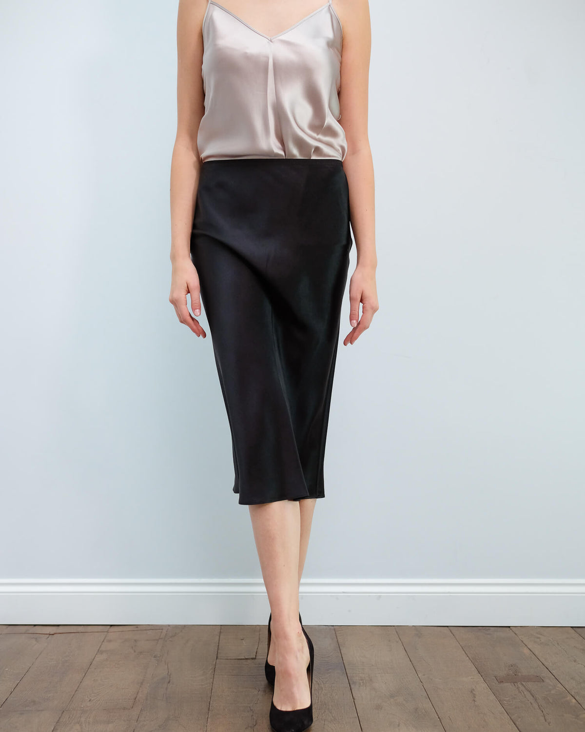 JOSEPH Isaak silk satin skirt in black