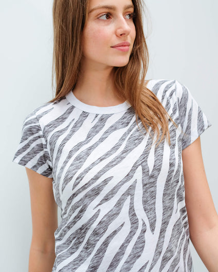 R&B All over zebra tee in black,white