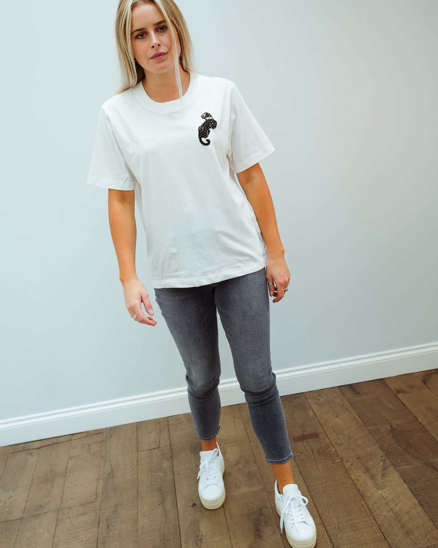 EA Wanthera beads tee in white