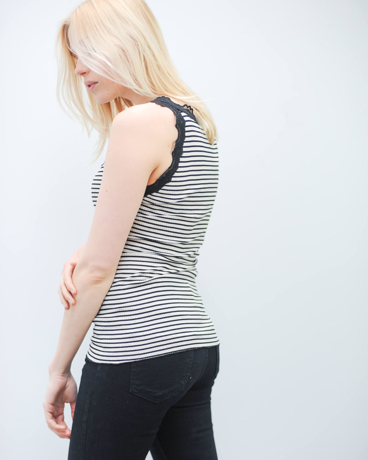Babette in black stripe