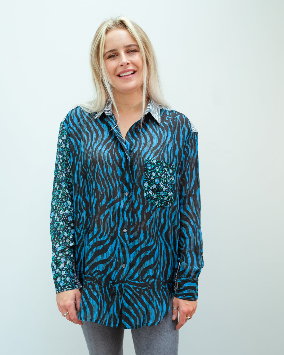 EA Woozie mixed print shirt in black
