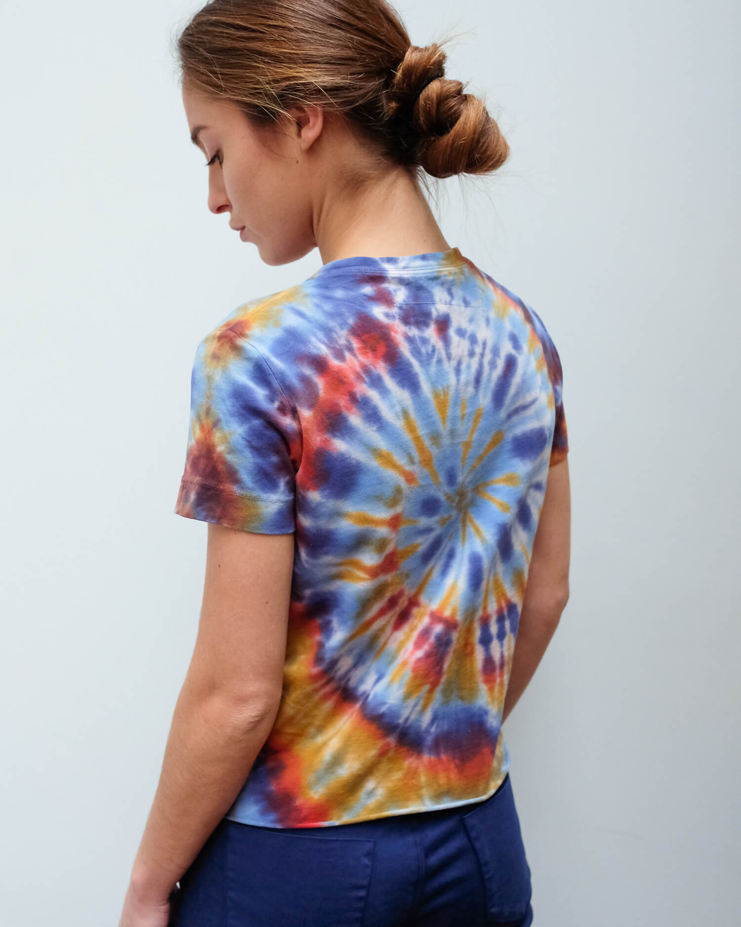 RA 3852 Tie dye boy tee in rainbow