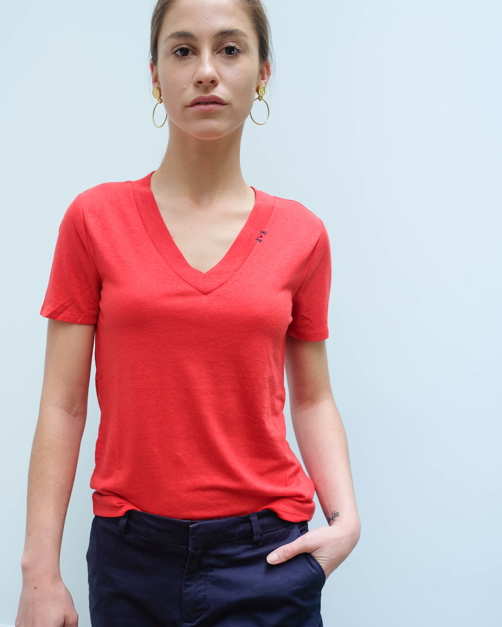 AB 150706 Deep V neck tee in red