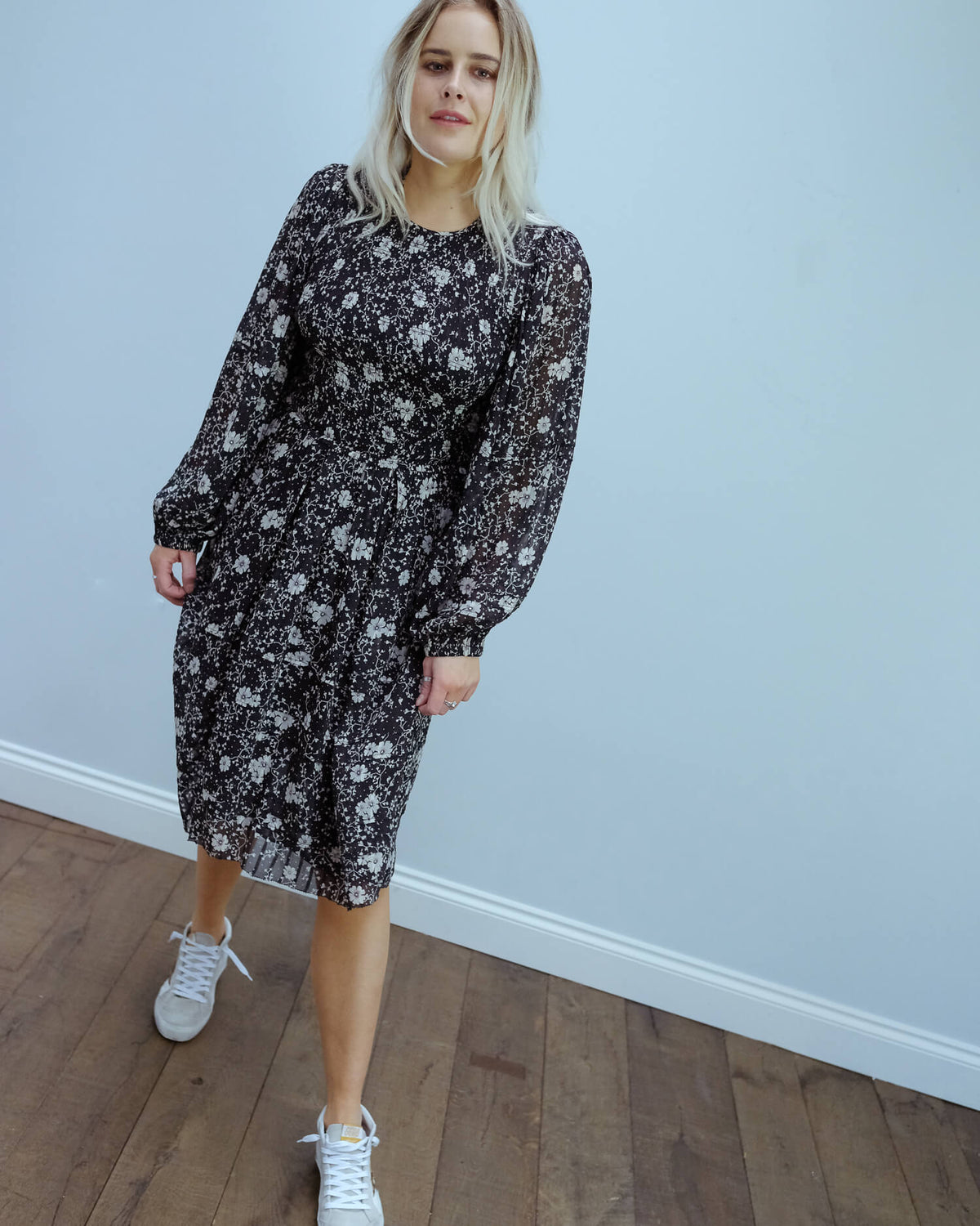 IM Eulie printed dress in black, ecru