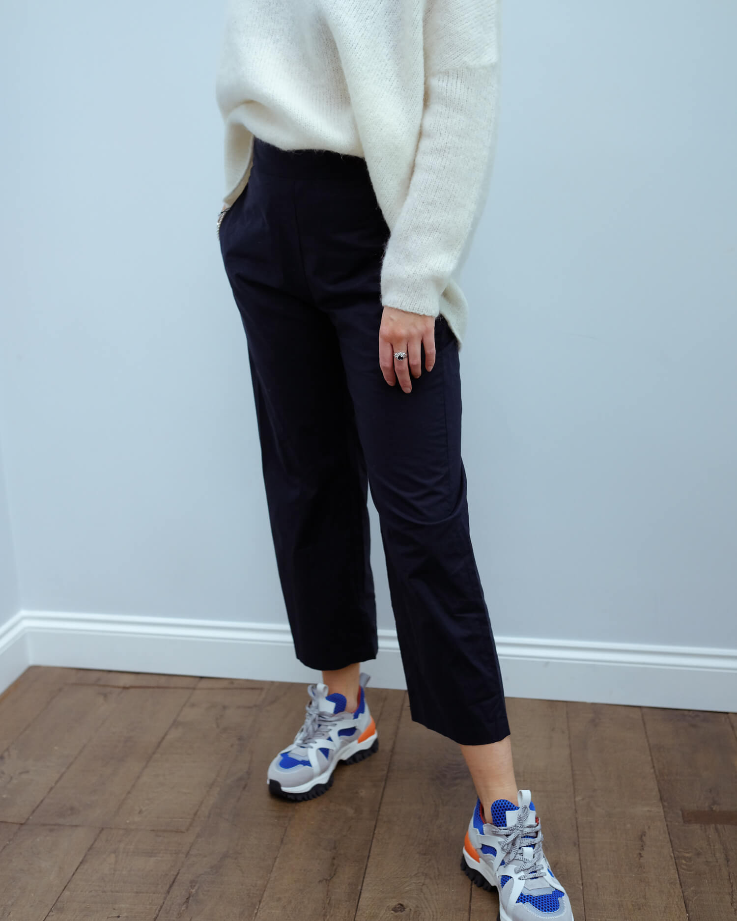 LOR Loribi poplin pants in navy