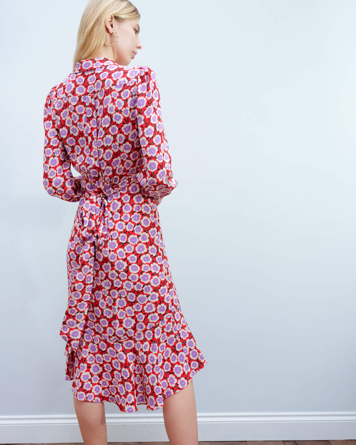 DVF Carla two dress in daisies poinsettia