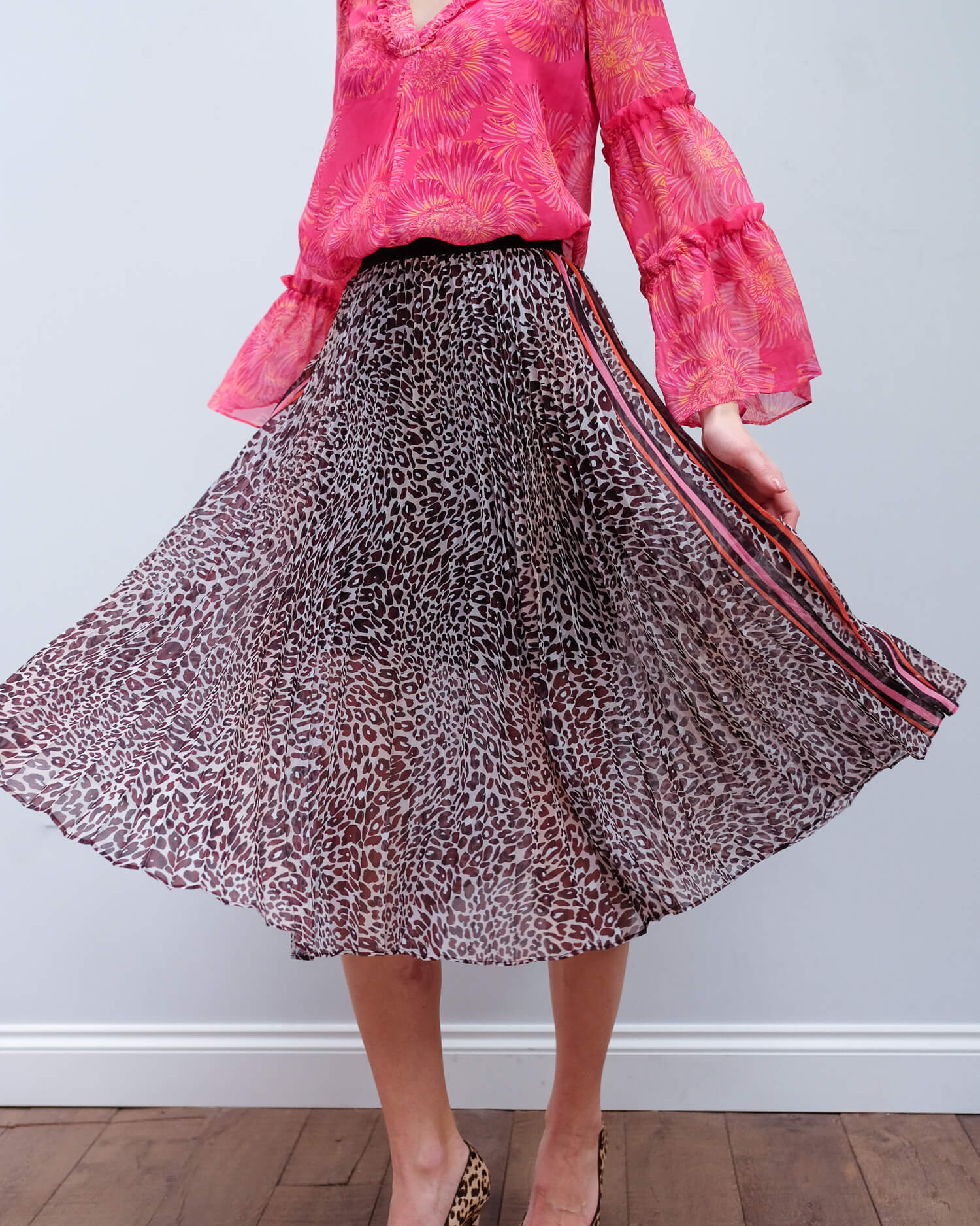 HB 4024 Leopard pleated skirt in brown