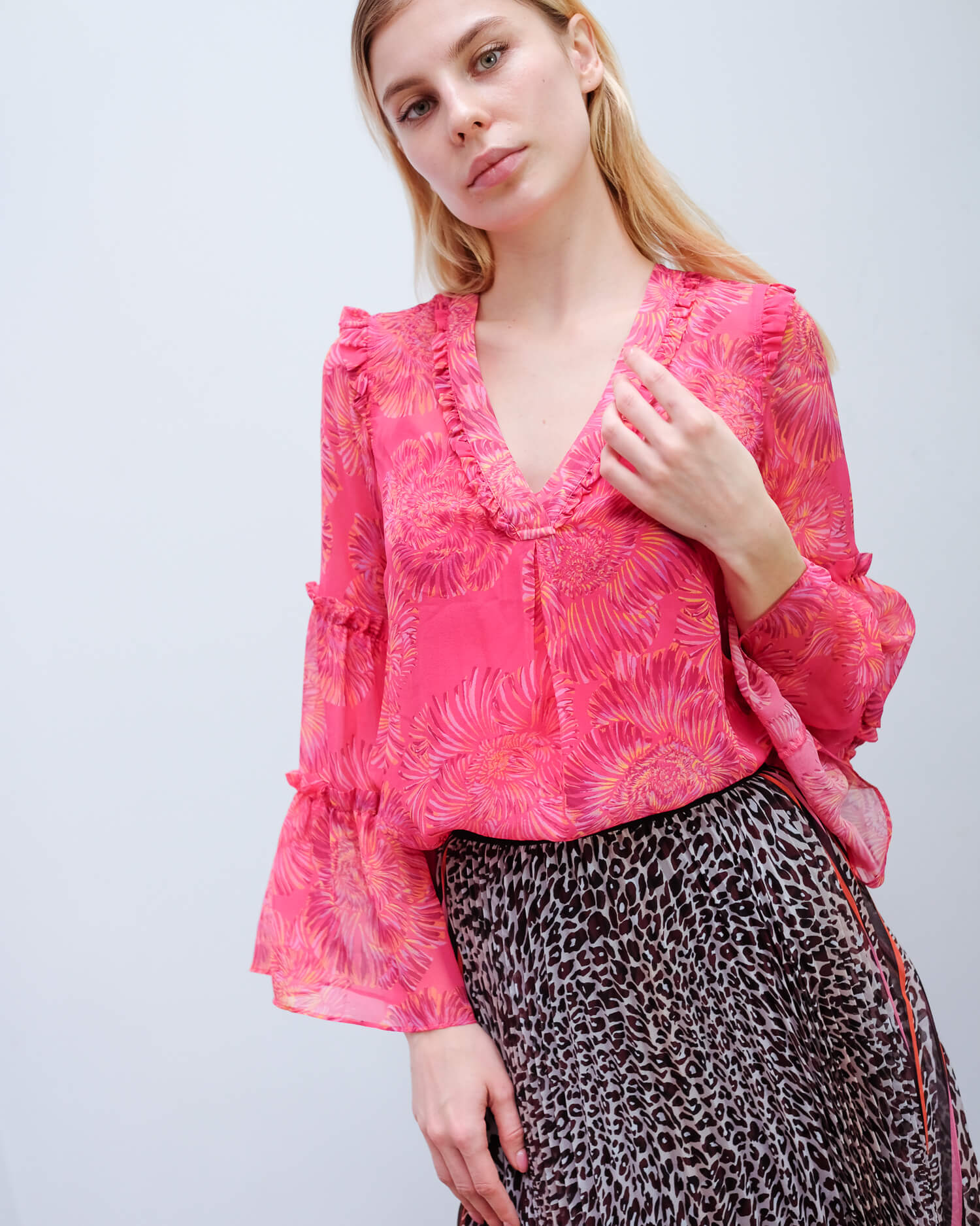 HB 2667 Ruffle detail top in berry