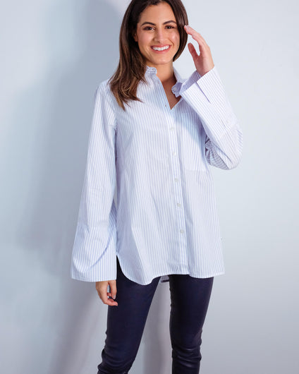 EA Vibing trumpet sleeve shirt in white