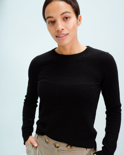 JU Split crew neck knit in black